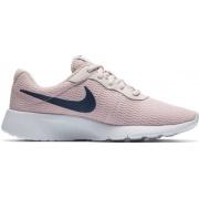 Кроссовки NIKE TANJUN (GS) 818384600 Nike